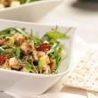Salatka-z-cukinia-i-zarodkami